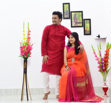 Red kurta with orange saree